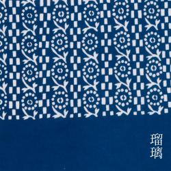 型染めの手ぬぐい<むじな菊牡丹>/作り手 山内武志さん(山内染色工房/アトリエぬいや)